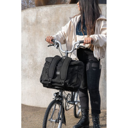 Brompton_metro-backpack-m-black_1_Eat-Sleep-Cycle