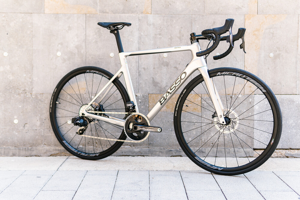 large-Basso_Astra_Sram_Force_AXS-2